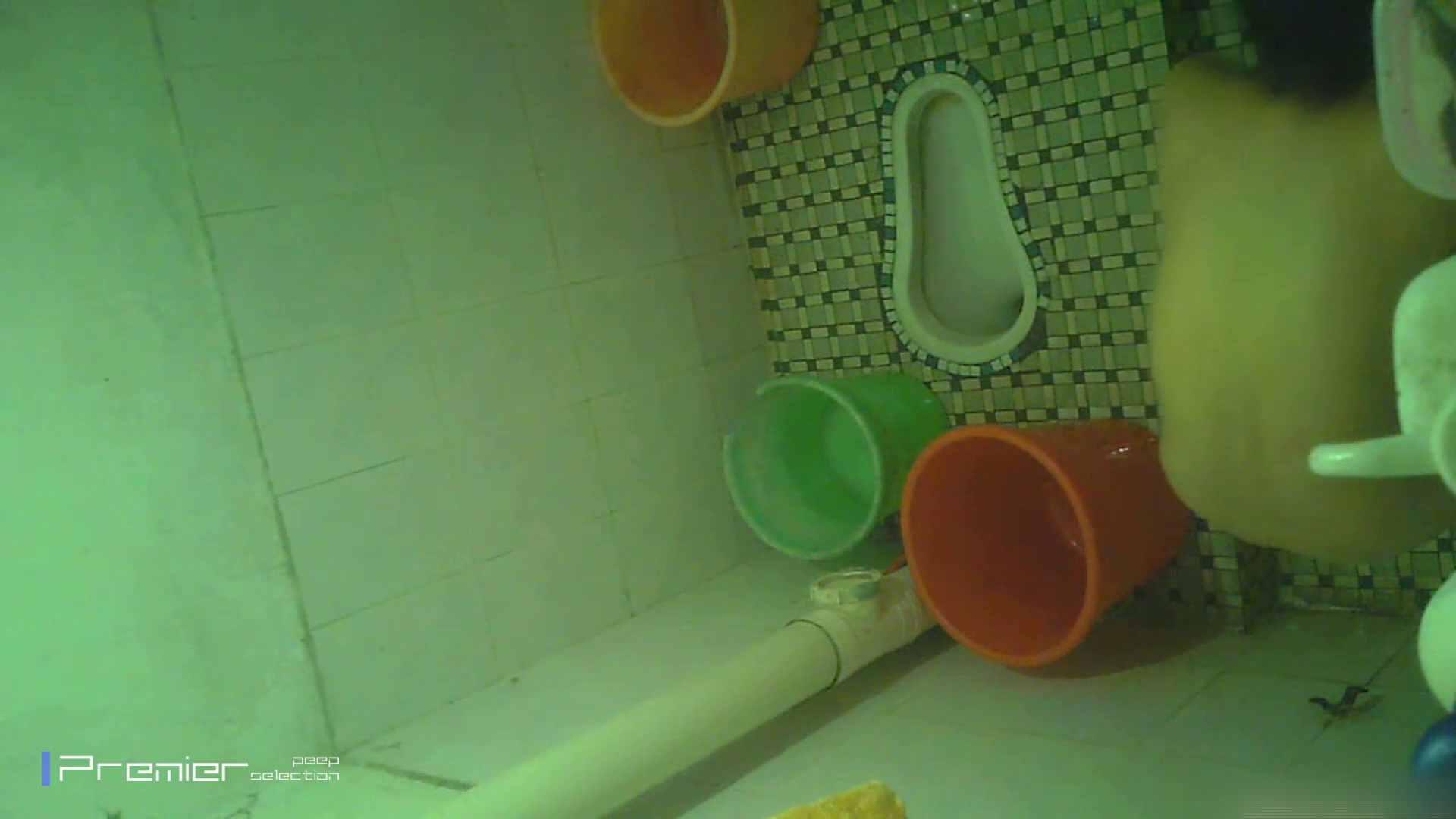 無修正エロ動画|美女の痴態に密着!洗面所で体を洗う!絶世の美女 Vol.06|怪盗ジョーカー