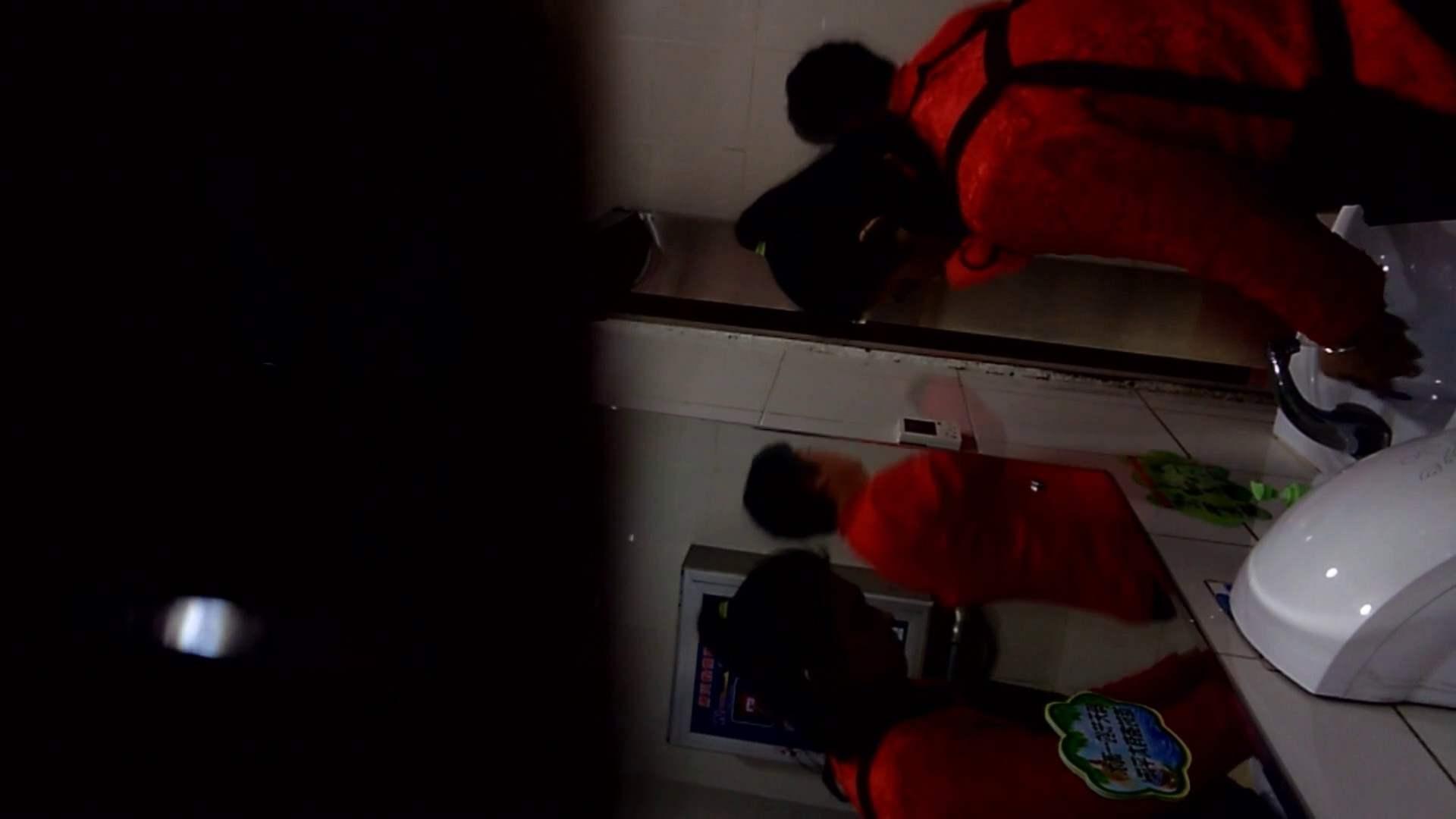 無修正エロ動画|芸術大学ガチ潜入盗撮 JD盗撮 美女の洗面所の秘密 Vol.105|怪盗ジョーカー