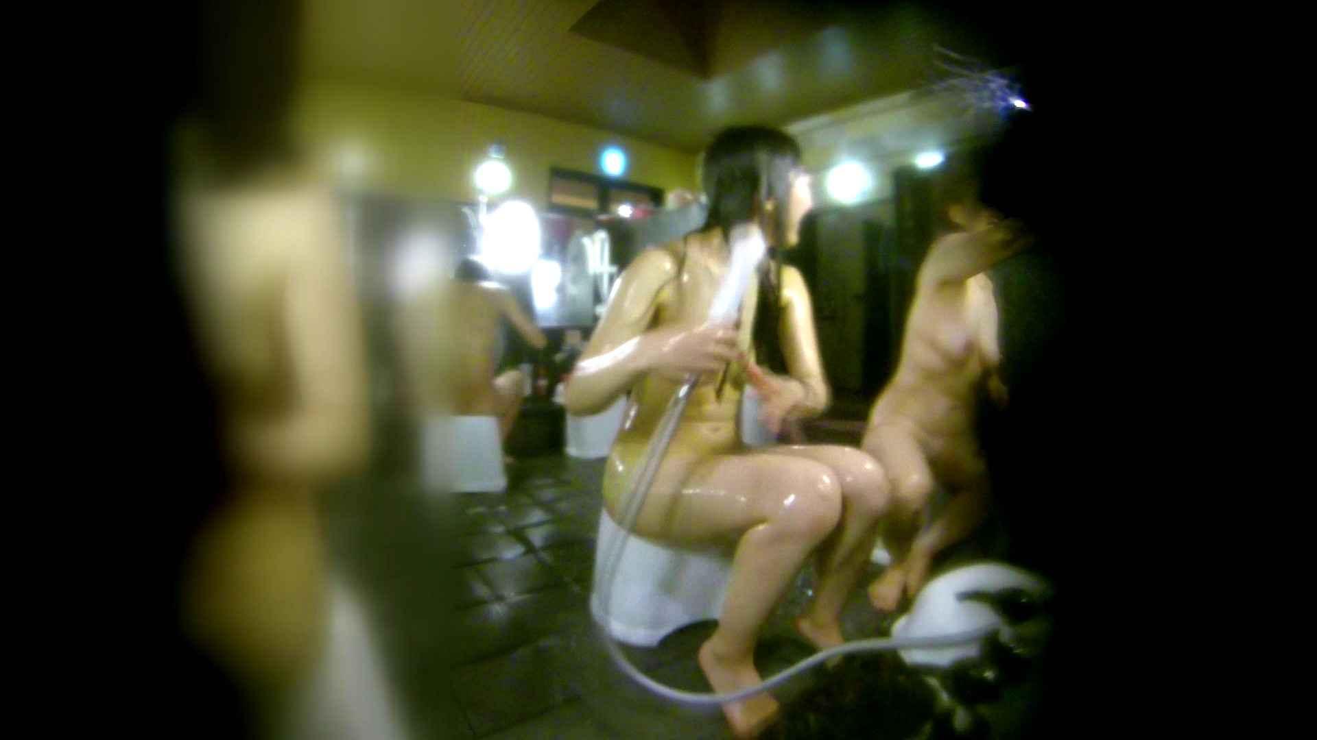 無修正エロ動画|洗い場!右足の位置がいいですね。陰毛もっさり!|怪盗ジョーカー