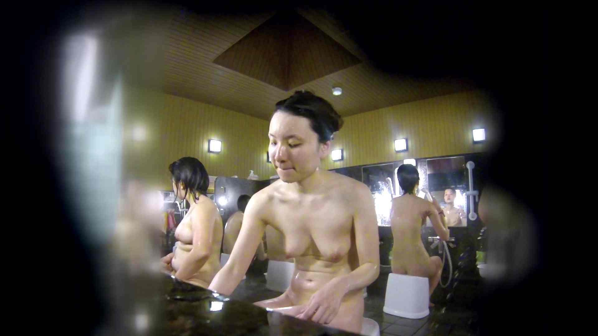 無修正エロ動画 洗い場!アソコの毛辺の手入れで妄想が膨らみました。 怪盗ジョーカー