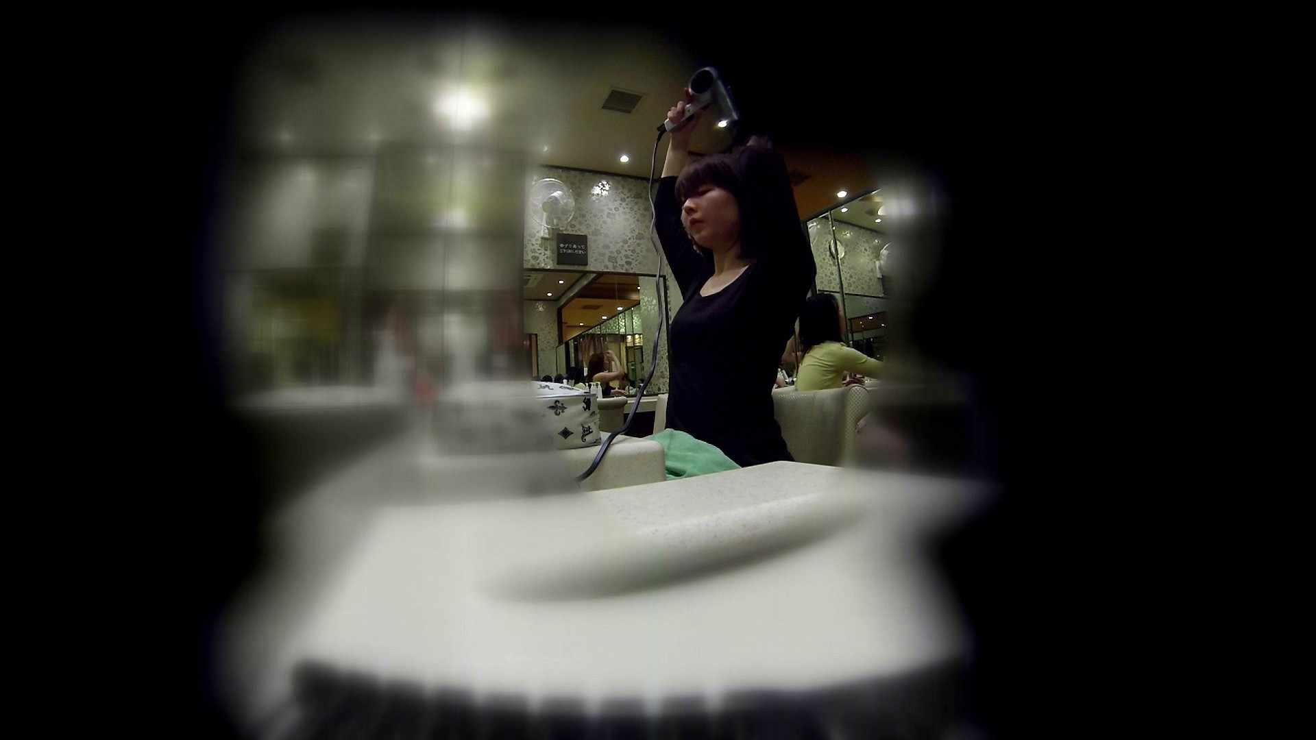 無修正エロ動画|追い撮り!髪を下ろすと雰囲気変わりますね。|怪盗ジョーカー