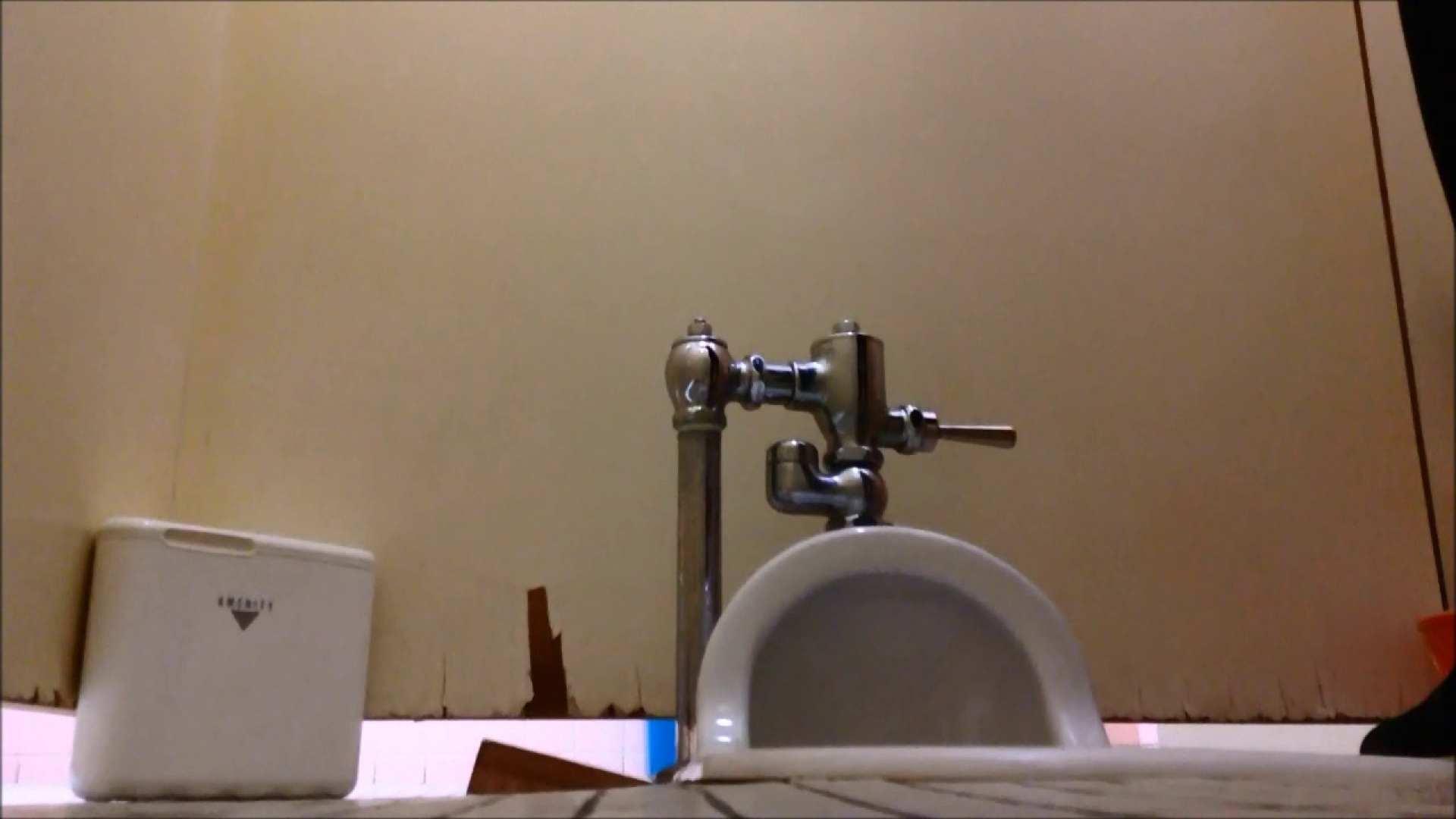 無修正エロ動画|某有名大学女性洗面所 vol.05|のぞき本舗 中村屋