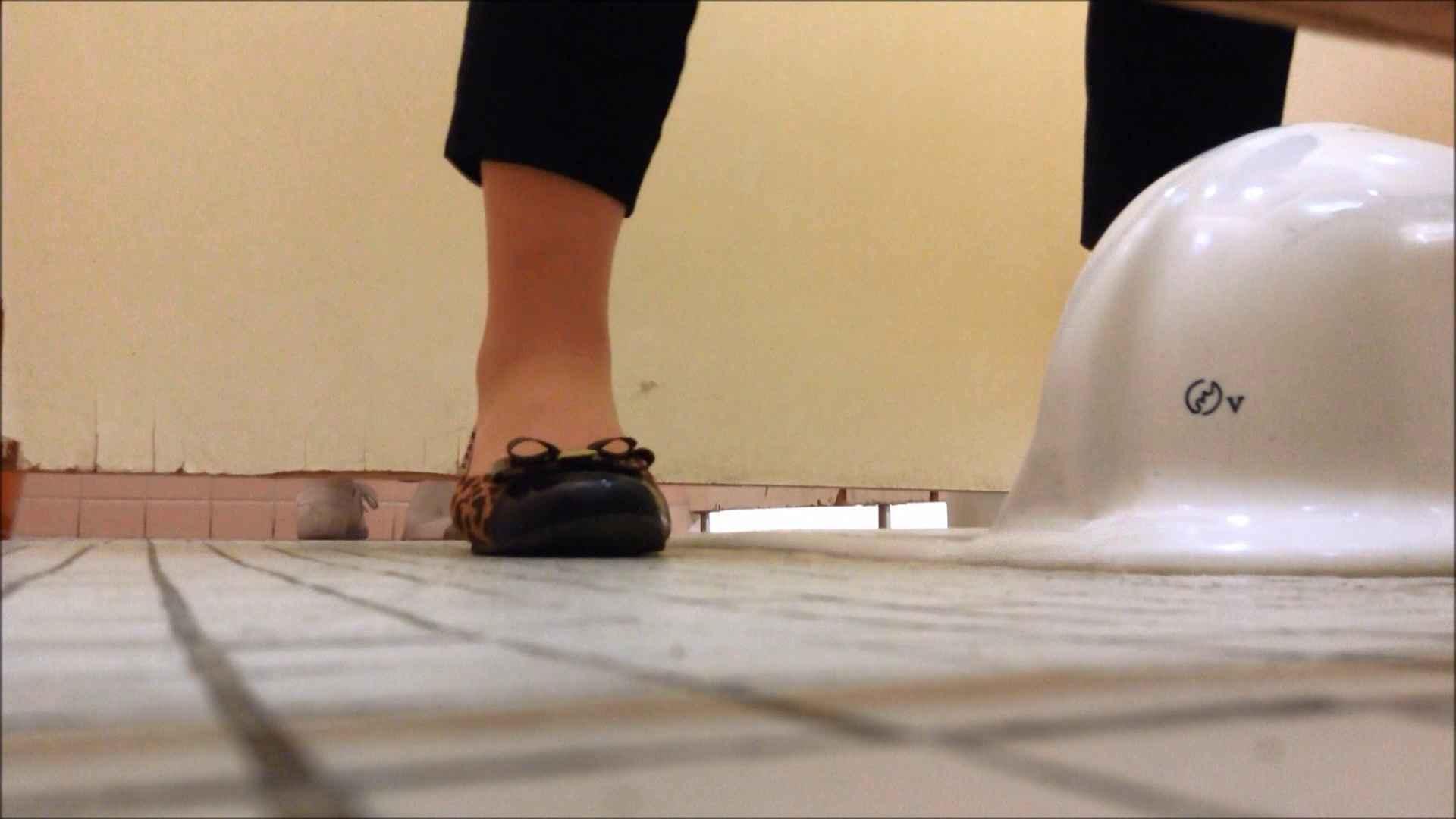 無修正エロ動画|某有名大学女性洗面所 vol.15|のぞき本舗 中村屋