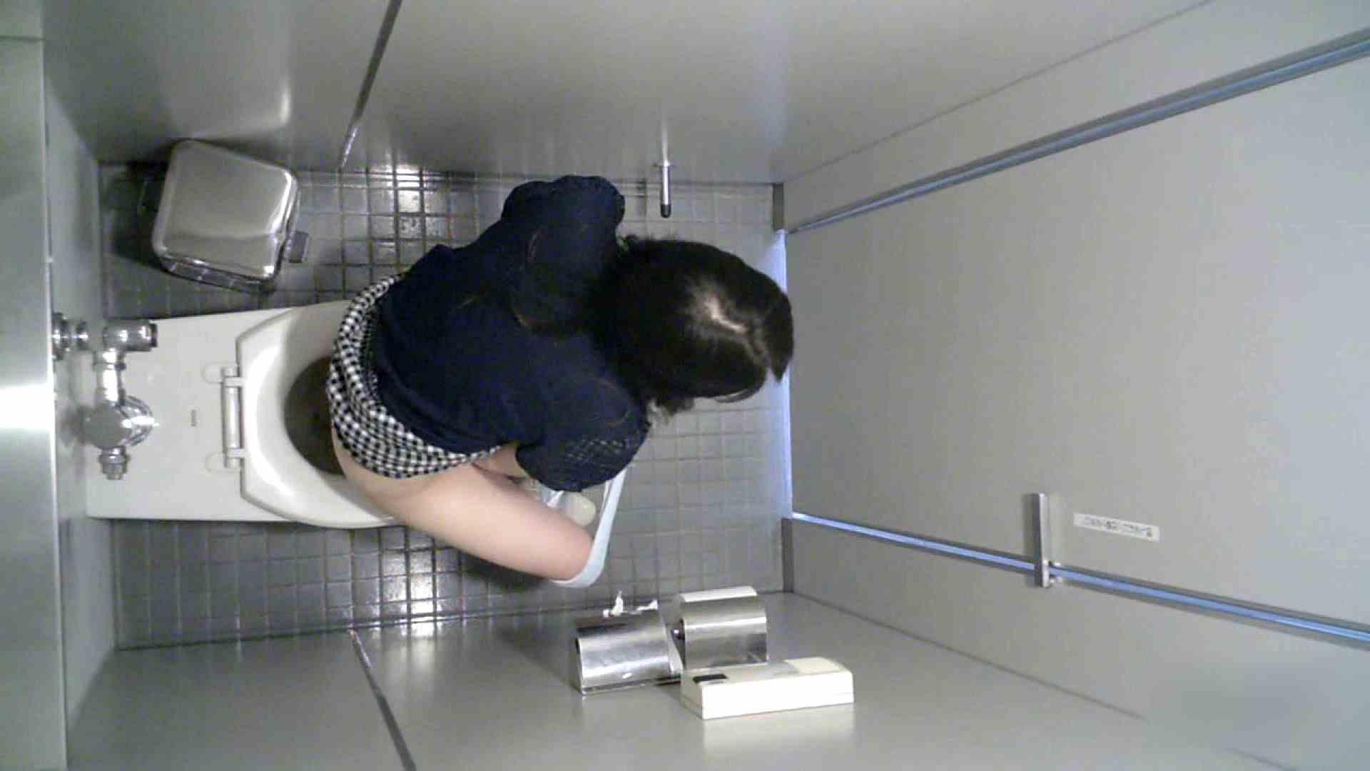 有名大学女性洗面所 vol.36 すっごい「ほじって」ます。 和式 | 投稿  84画像 81