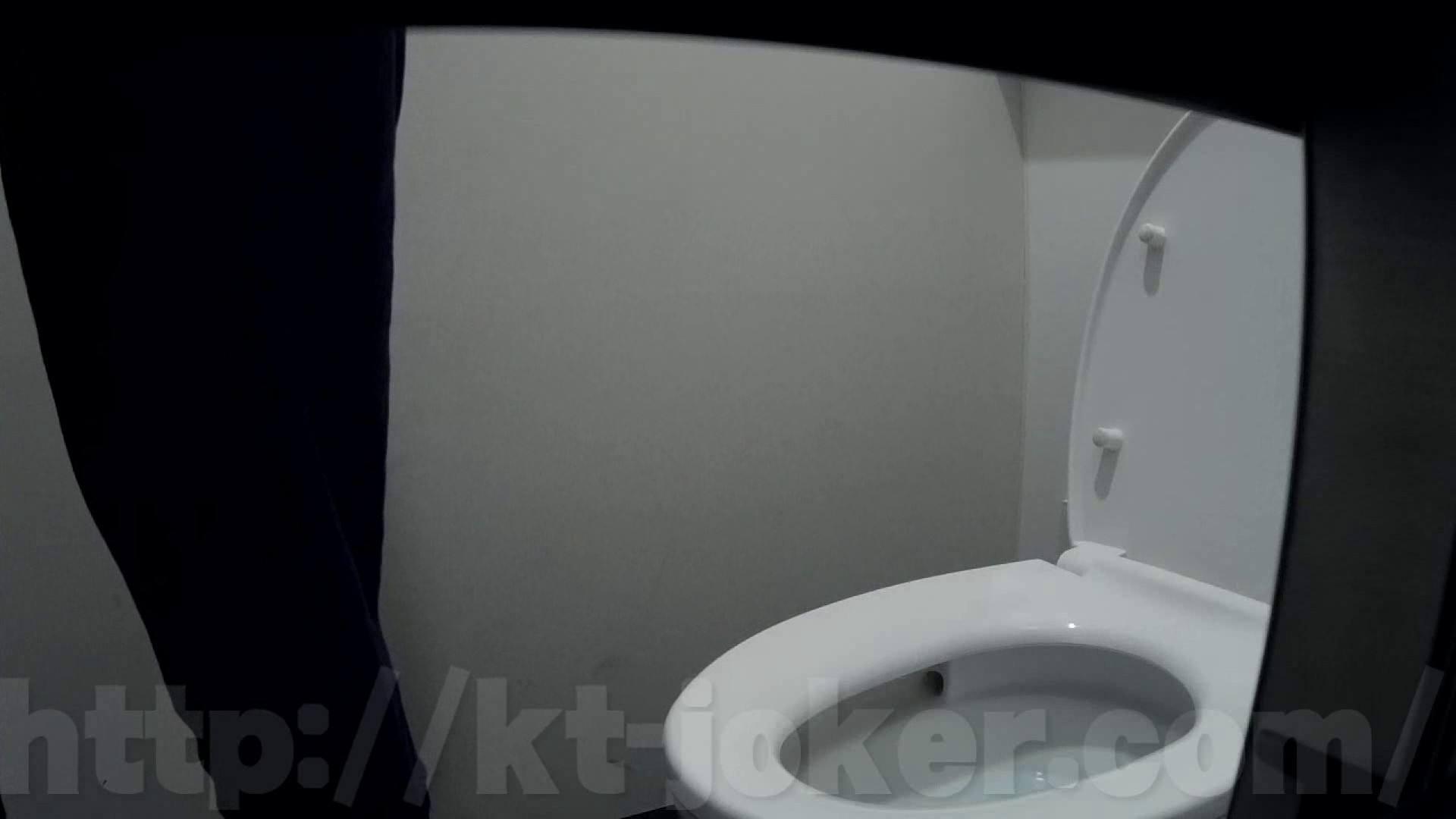 有名大学女性洗面所 vol.50 個室には3つの「目」があるみたいです。 投稿   潜入  67画像 31