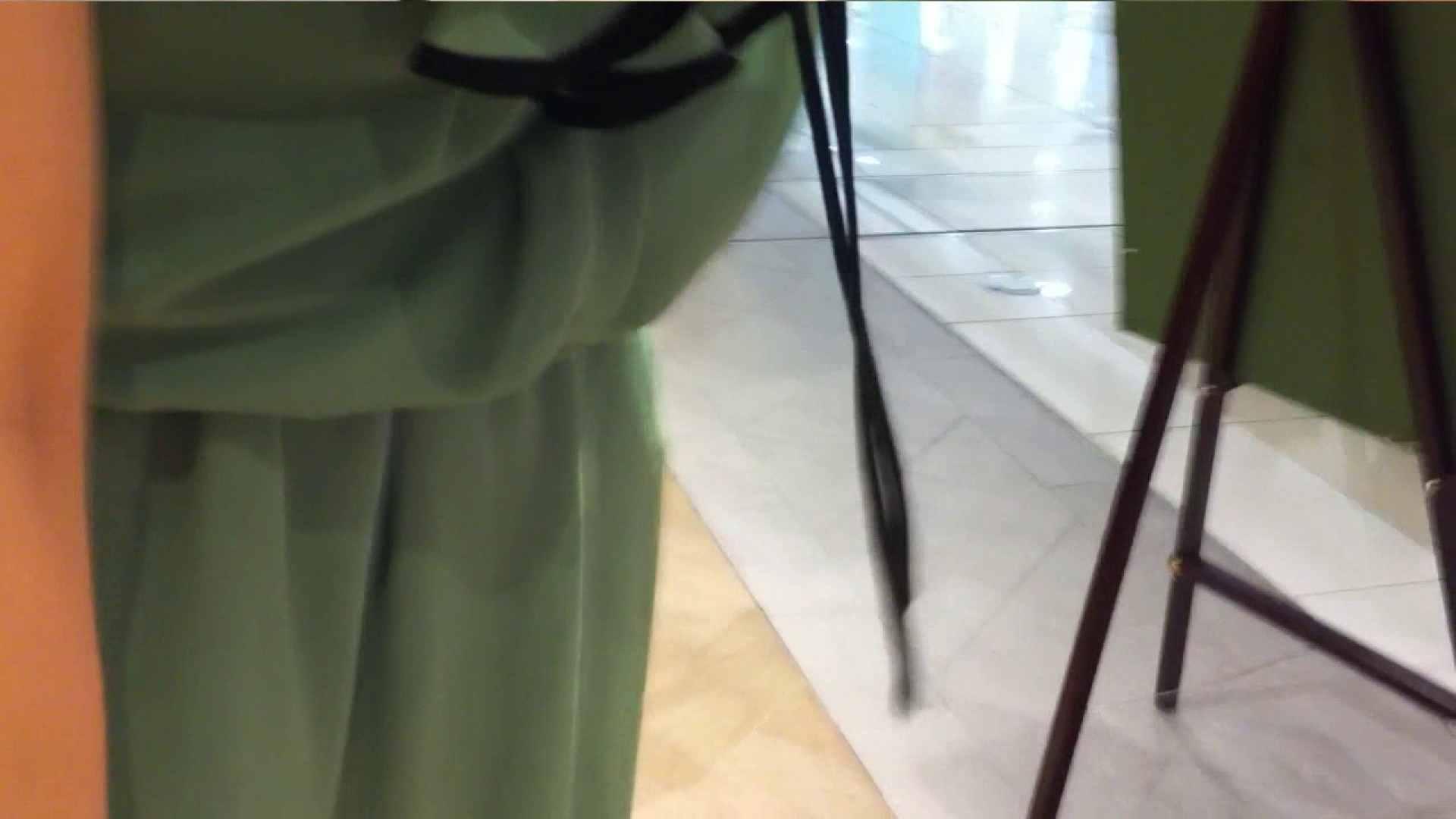 可愛いカリスマ店員限定‼胸チラ&パンチラ vol.13 接写 盗み撮り動画キャプチャ 81画像 38