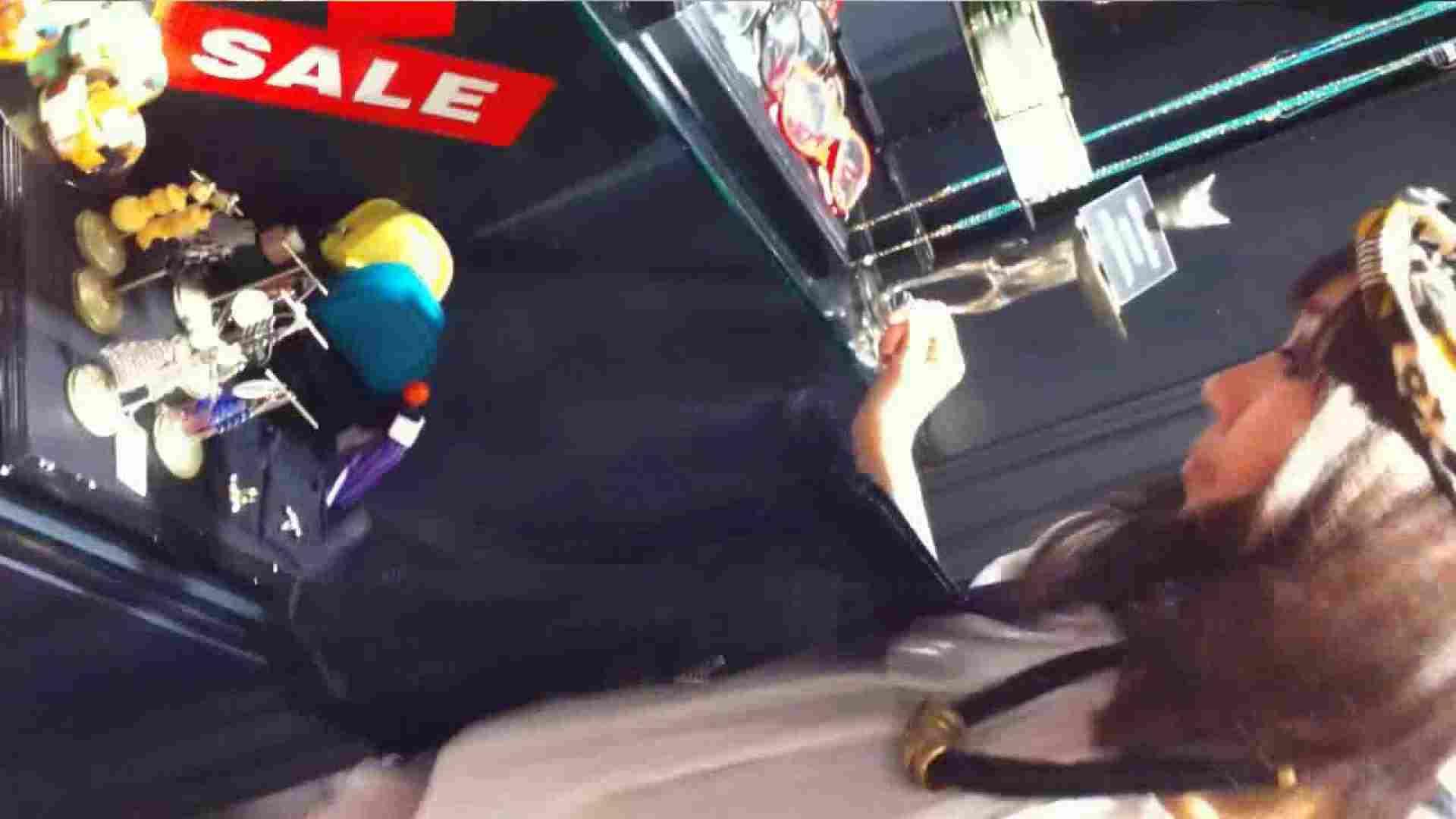 可愛いカリスマ店員限定‼胸チラ&パンチラ vol.16 チラ 盗み撮り動画キャプチャ 82画像 27