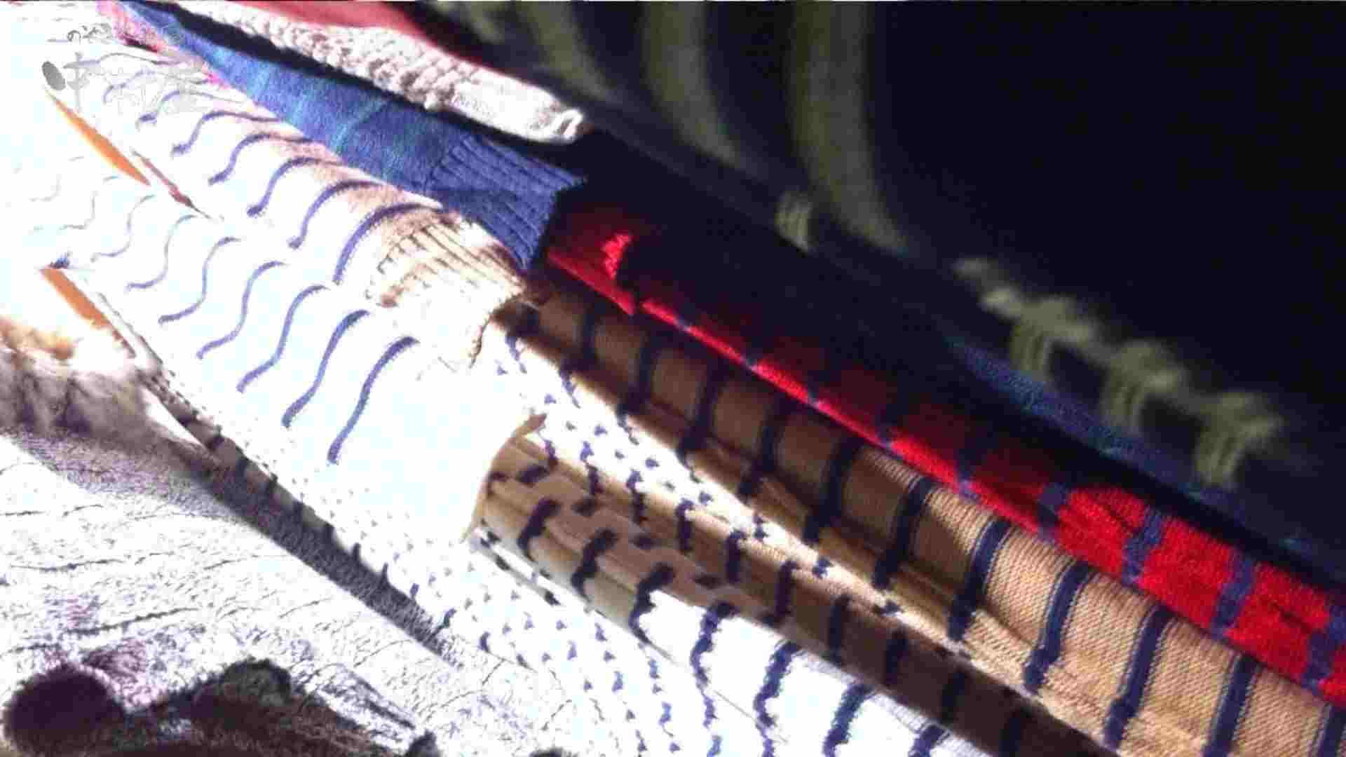 vol.77 美人アパレル胸チラ&パンチラ 緑のワンピにせまってみたw 接写 盗撮アダルト動画キャプチャ 104画像 34