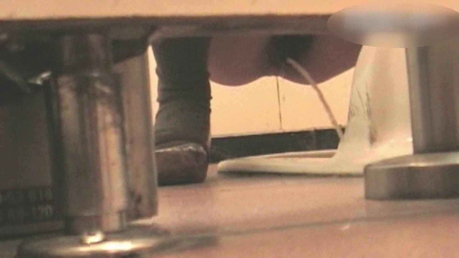 ロックハンドさんの盗撮記録File.04 接写 | 潜入  65画像 1