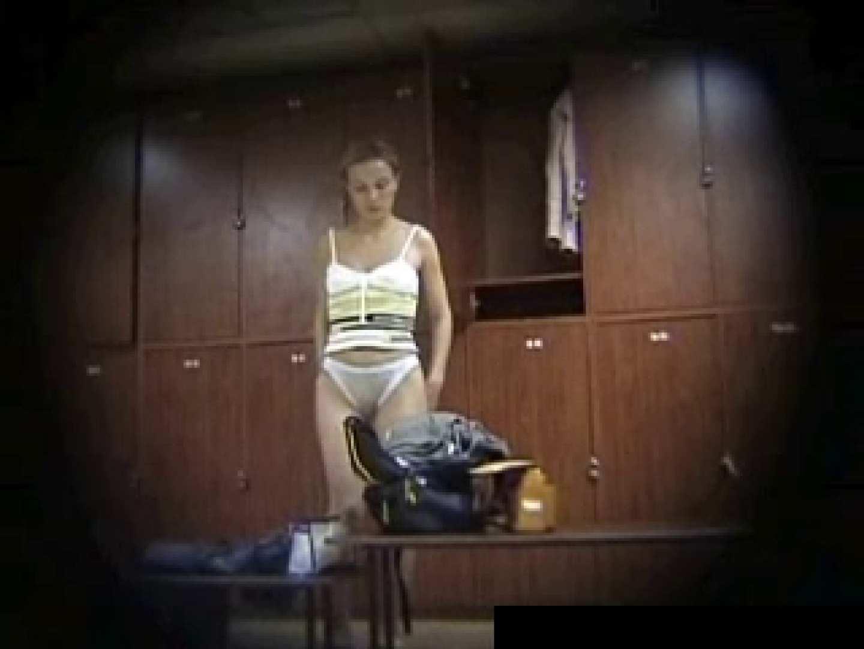 欧州ロッカールーム覗き撮り6 覗き放題   0  61画像 15