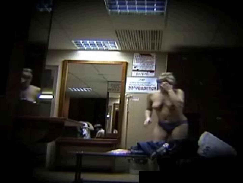 欧州ロッカールーム覗き撮り6 覗き放題   0  61画像 35
