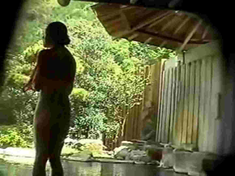 無修正エロ動画 女体舞う露天風呂第一章 第二節 のぞき本舗 中村屋