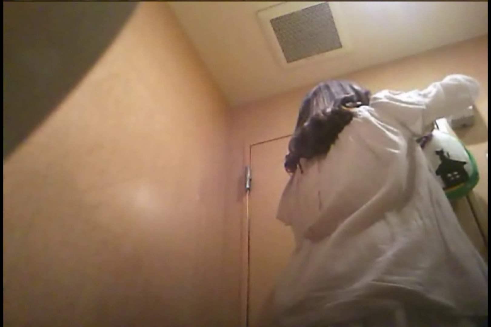 潜入!!女子化粧室盗撮~絶対見られたくない時間~vo,111 お姉さんヌード  100画像 27