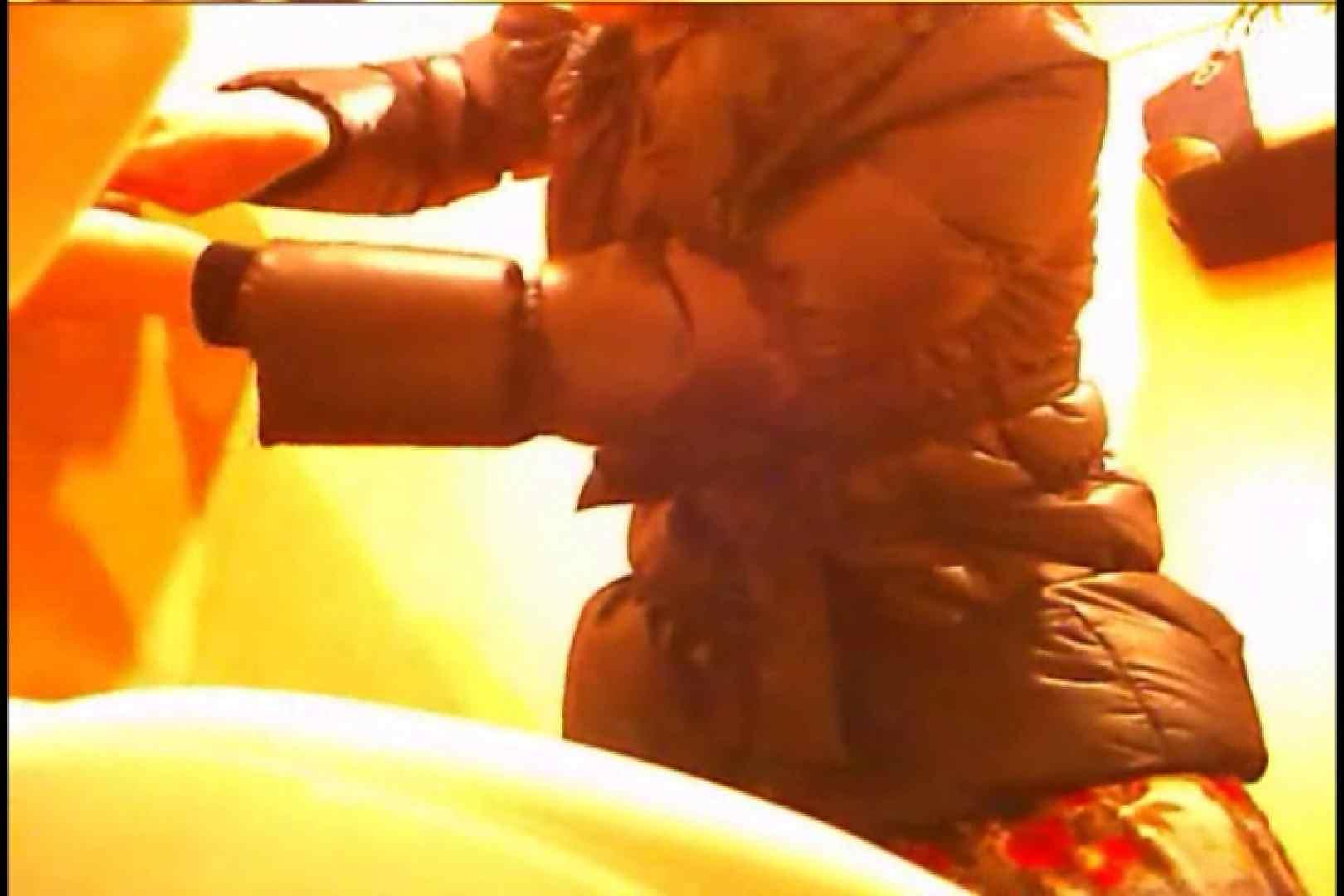 潜入!!女子化粧室盗撮~絶対見られたくない時間~vo,11 潜入 エロ無料画像 107画像 83