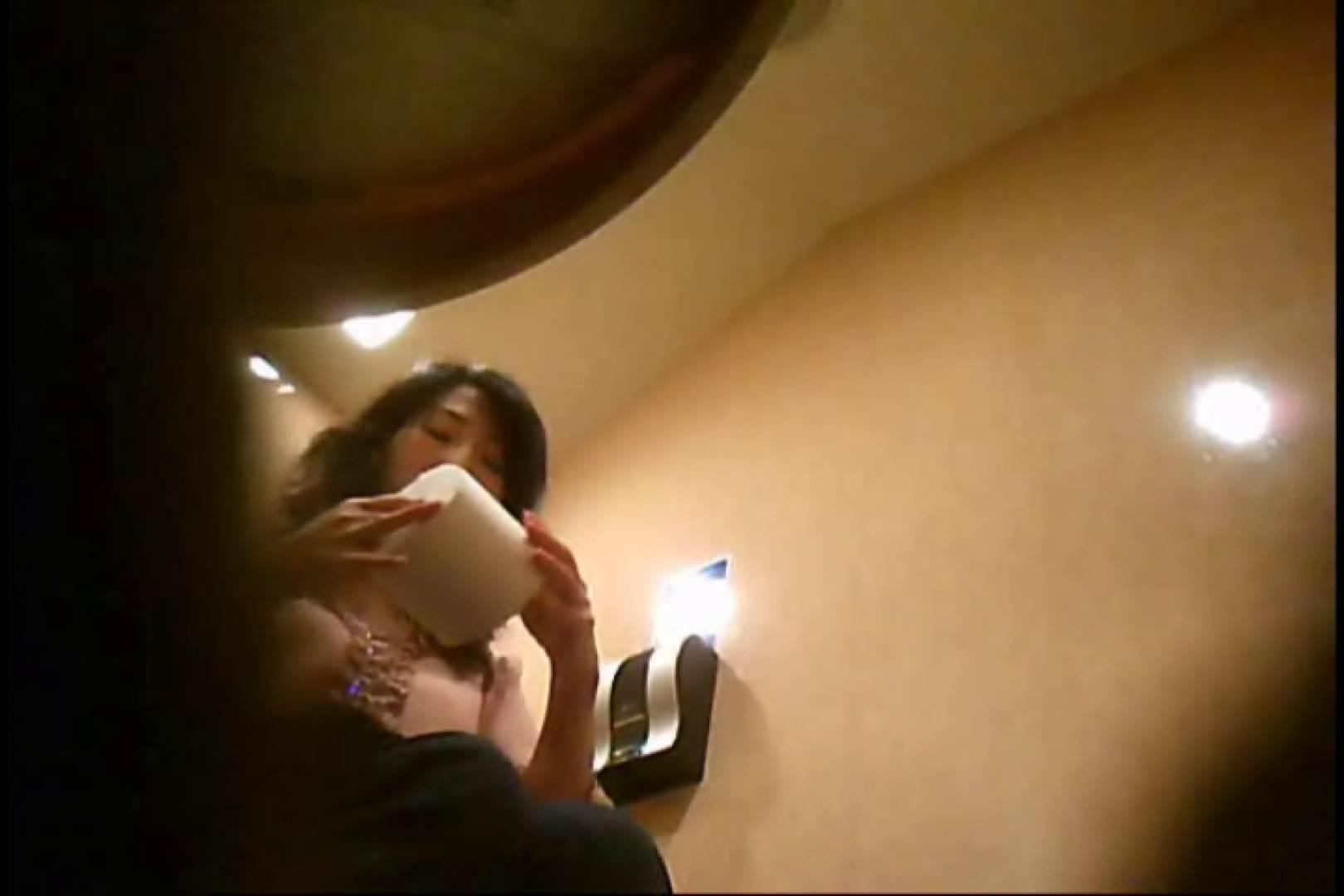 潜入!!女子化粧室盗撮~絶対見られたくない時間~vo,128 潜入 のぞき動画画像 95画像 43