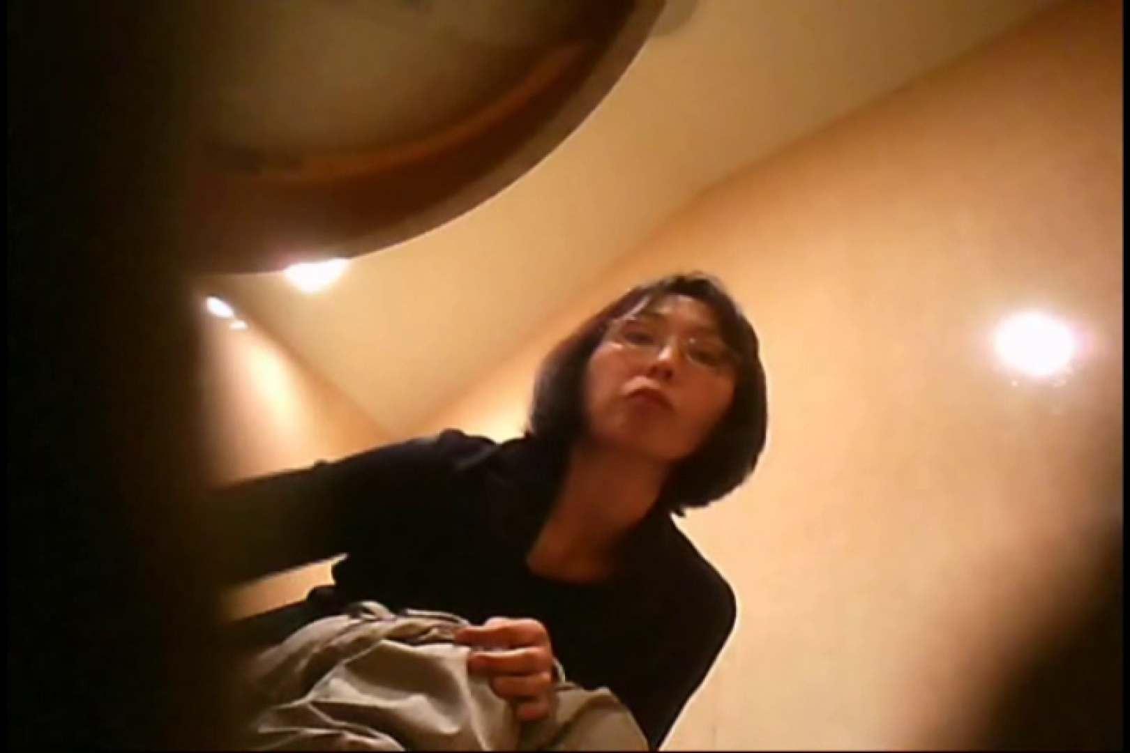 潜入!!女子化粧室盗撮~絶対見られたくない時間~vo,128 潜入 のぞき動画画像 95画像 59