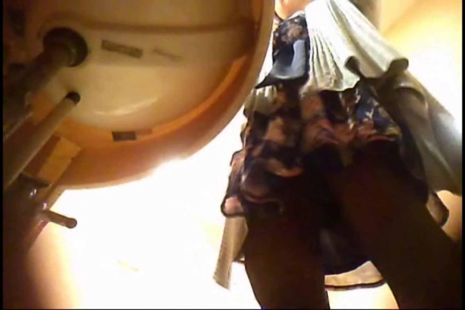 潜入!!女子化粧室盗撮~絶対見られたくない時間~vo,34 お尻 盗撮おめこ無修正動画無料 110画像 14