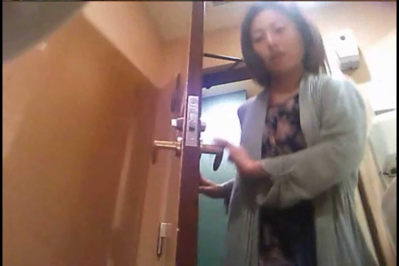 潜入!!女子化粧室盗撮~絶対見られたくない時間~vo,34 盗撮 おめこ無修正動画無料 110画像 17