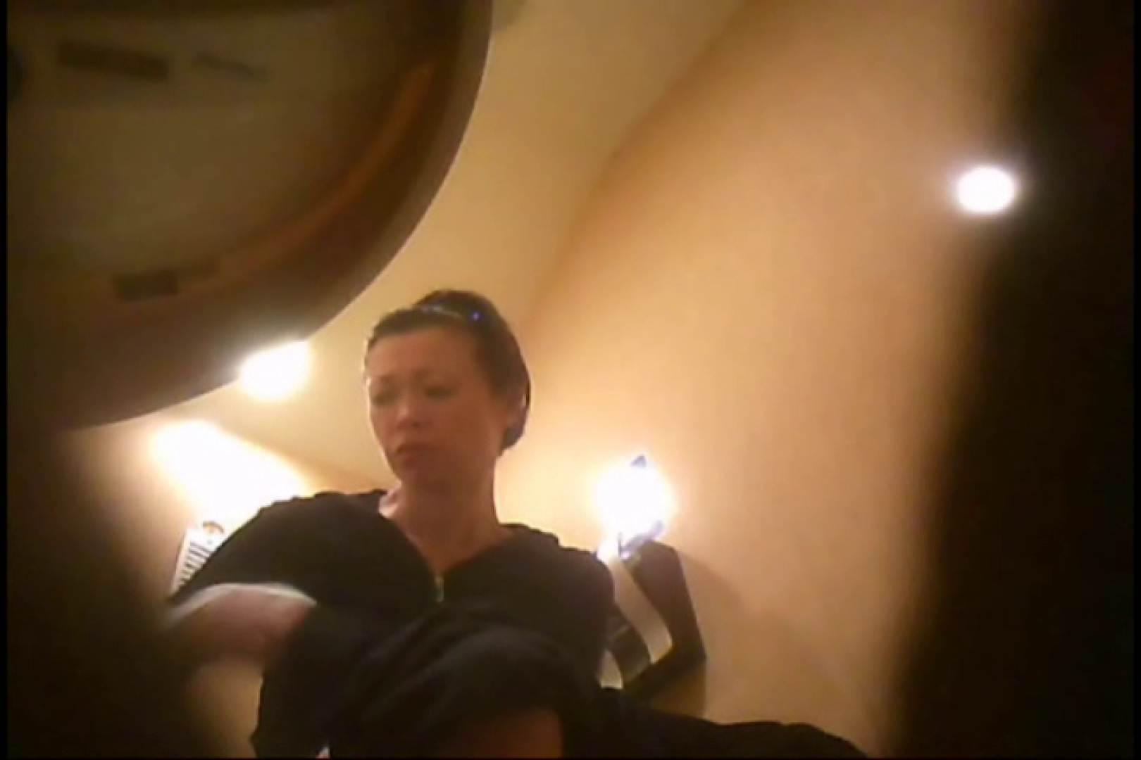 潜入!!女子化粧室盗撮~絶対見られたくない時間~vo,90 お姉さんヌード  67画像 42