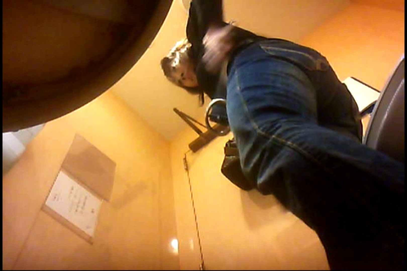 実録!魂の女子化粧室盗撮!!~隠れ潜む特殊カメラ~vo,04 熟女  102画像 68
