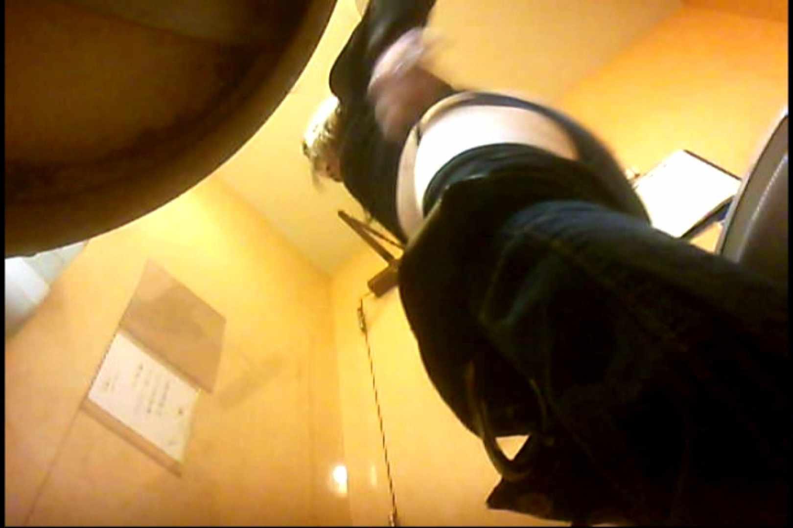 実録!魂の女子化粧室盗撮!!~隠れ潜む特殊カメラ~vo,04 熟女  102画像 74