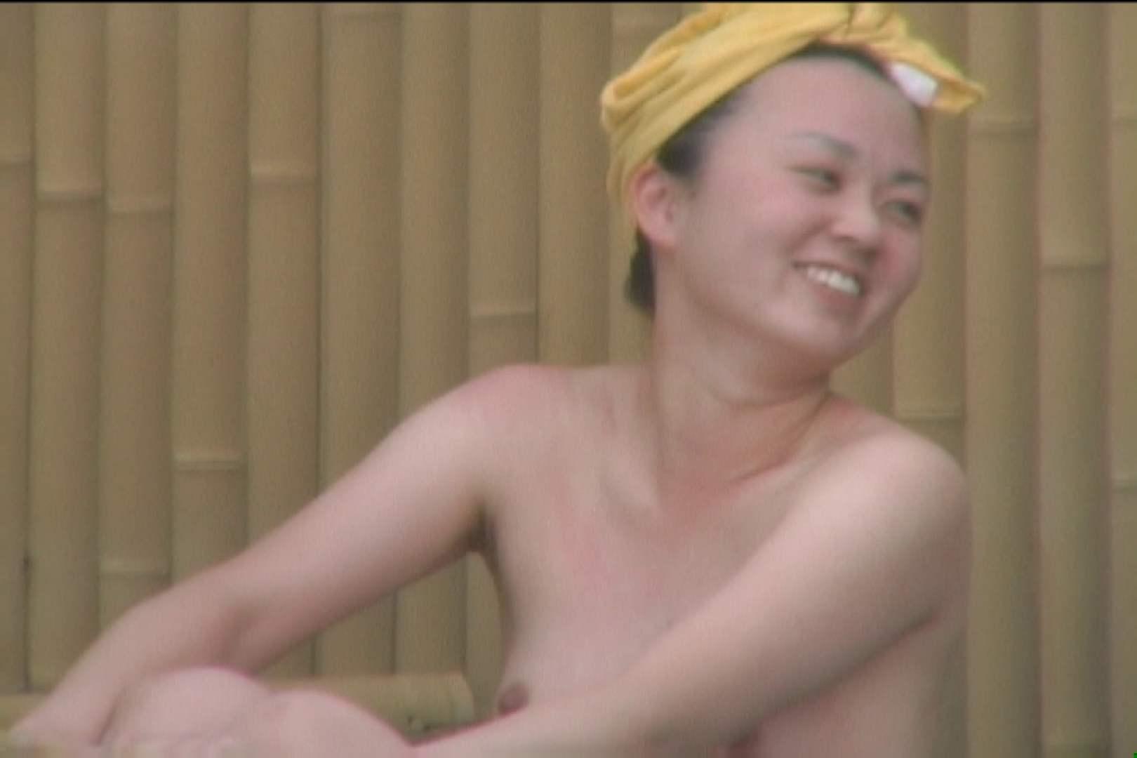 高画質露天女風呂観察 vol.018 入浴 のぞきおめこ無修正画像 99画像 60