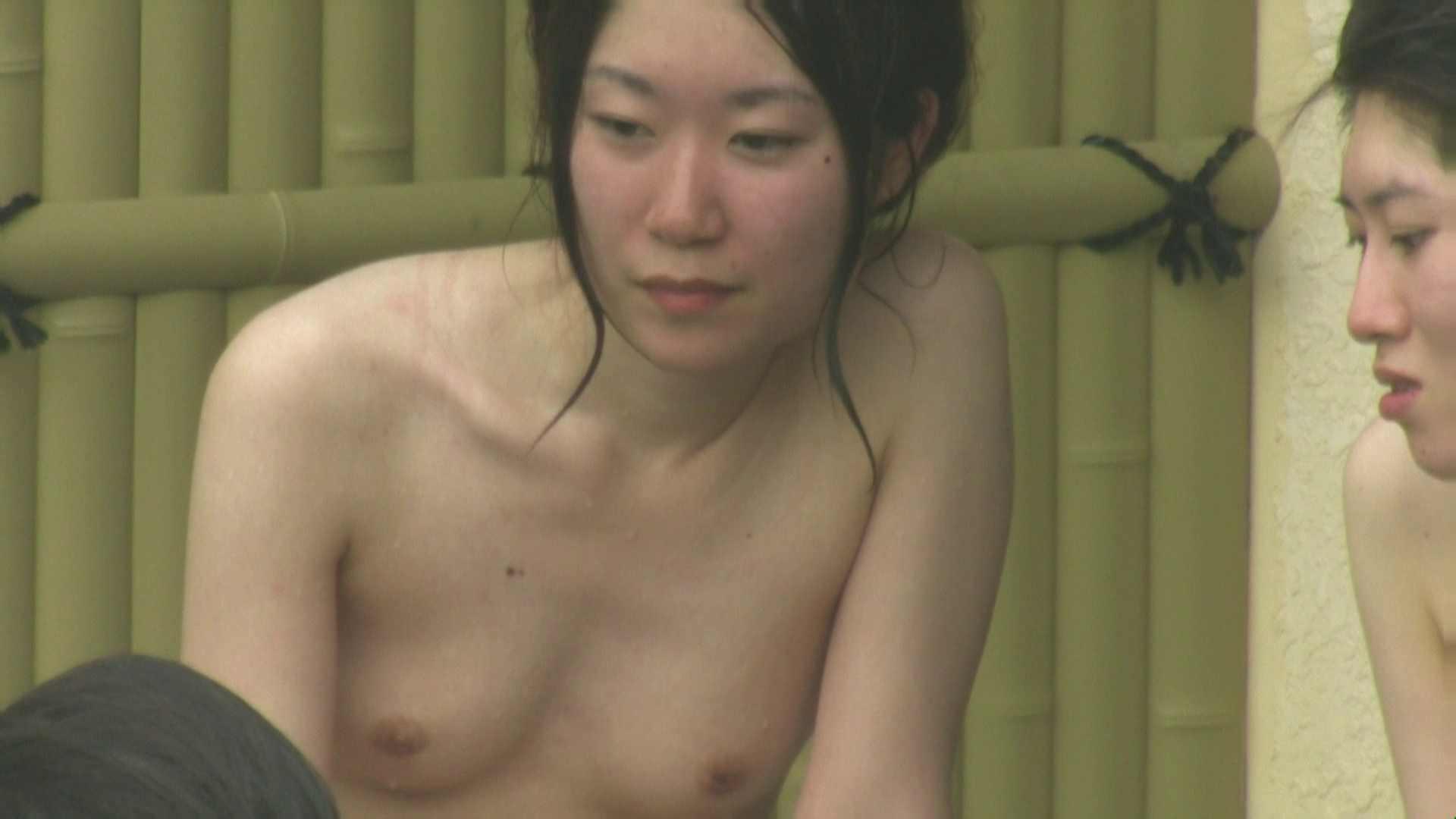 高画質露天女風呂観察 vol.025 望遠 ワレメ動画紹介 80画像 41
