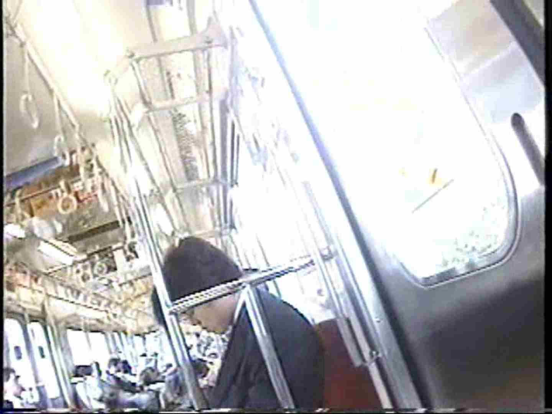 パンチラトレイン③ チラ 盗み撮り動画キャプチャ 55画像 14