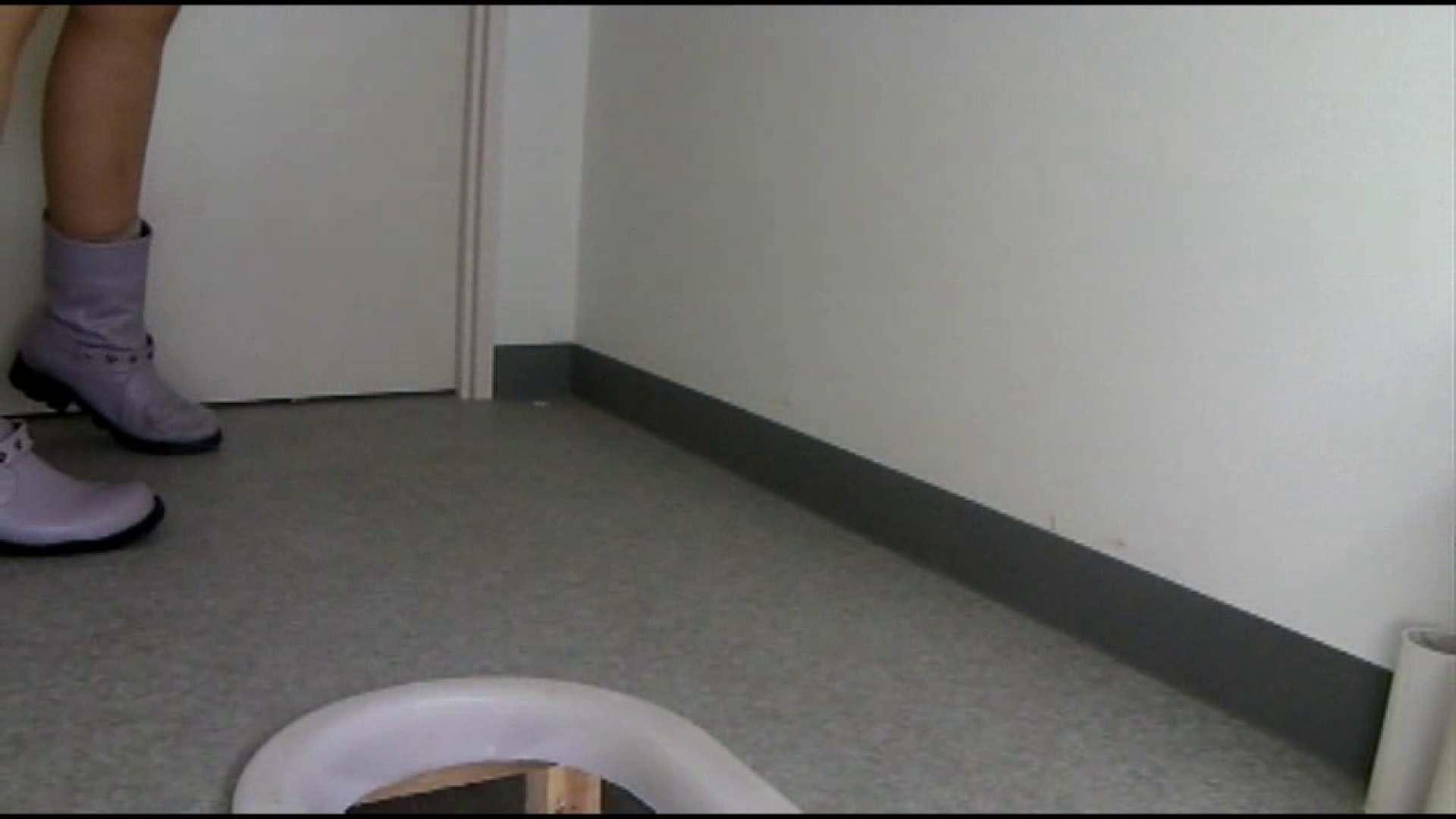 和式にまたがる女たちを待ちうけるカメラの衝撃映像vol.01 盗撮 隠し撮りオマンコ動画紹介 89画像 63