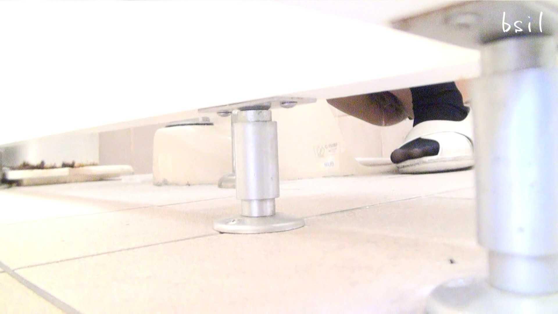 至高下半身盗撮-PREMIUM-【院内病棟編 】 vol.01 ぱっくり下半身 オメコ無修正動画無料 59画像 53