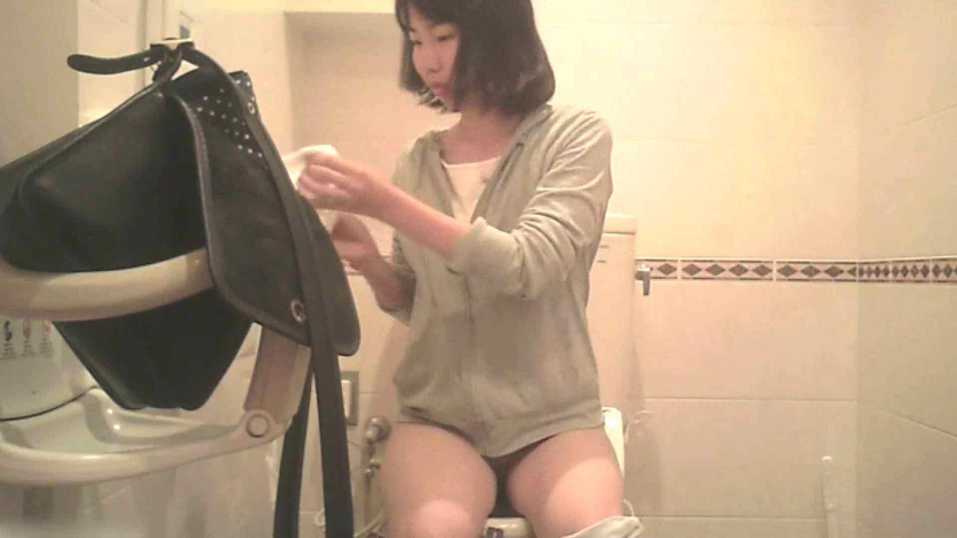無修正エロ動画|実録!!綺麗なお姉さんのトイレ事情・・・。vol.26|ピープフォックス(盗撮狐)