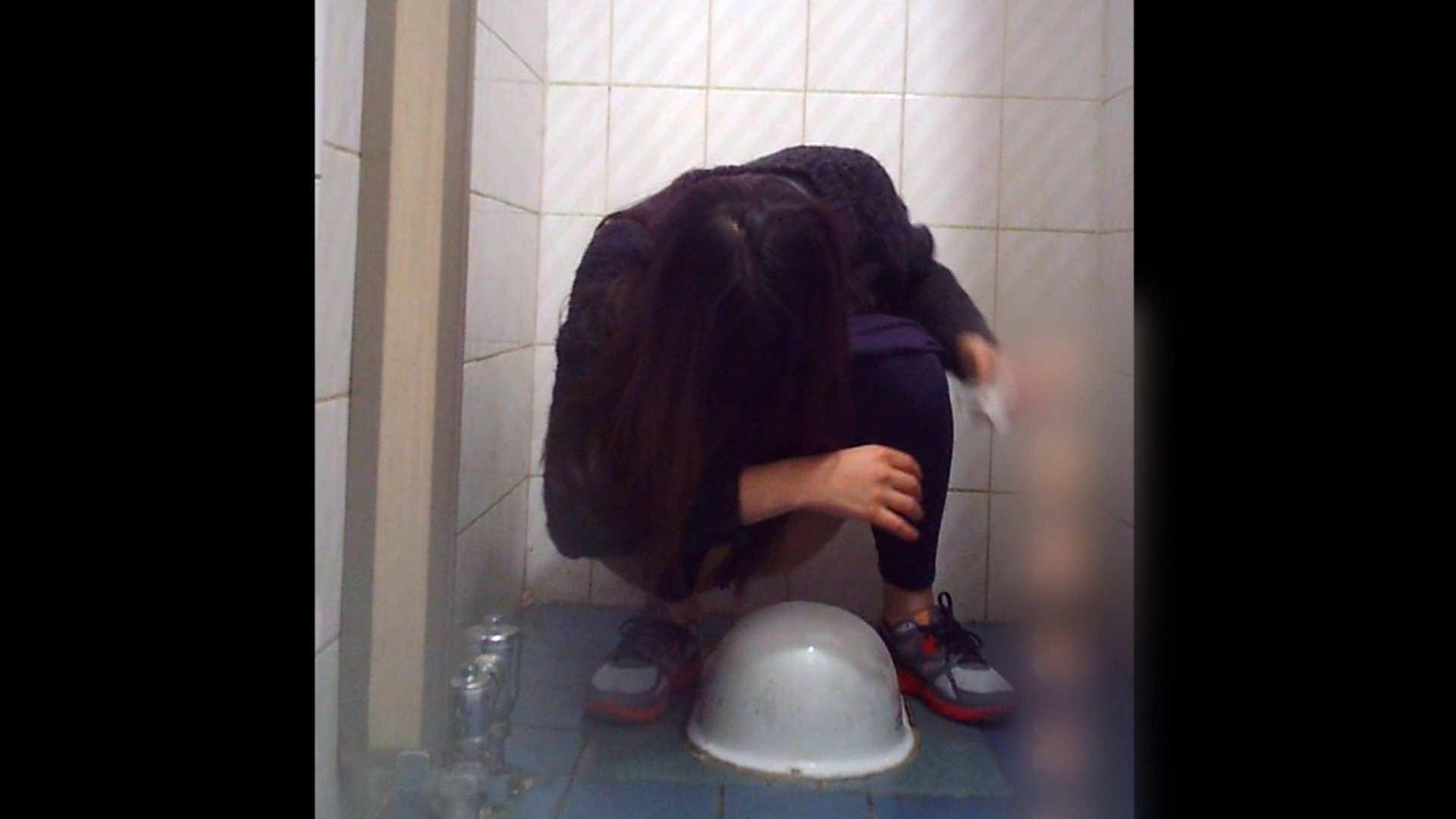 潜入!!韓国秘密のトイレ!Vol.10 潜入 戯れ無修正画像 84画像 57