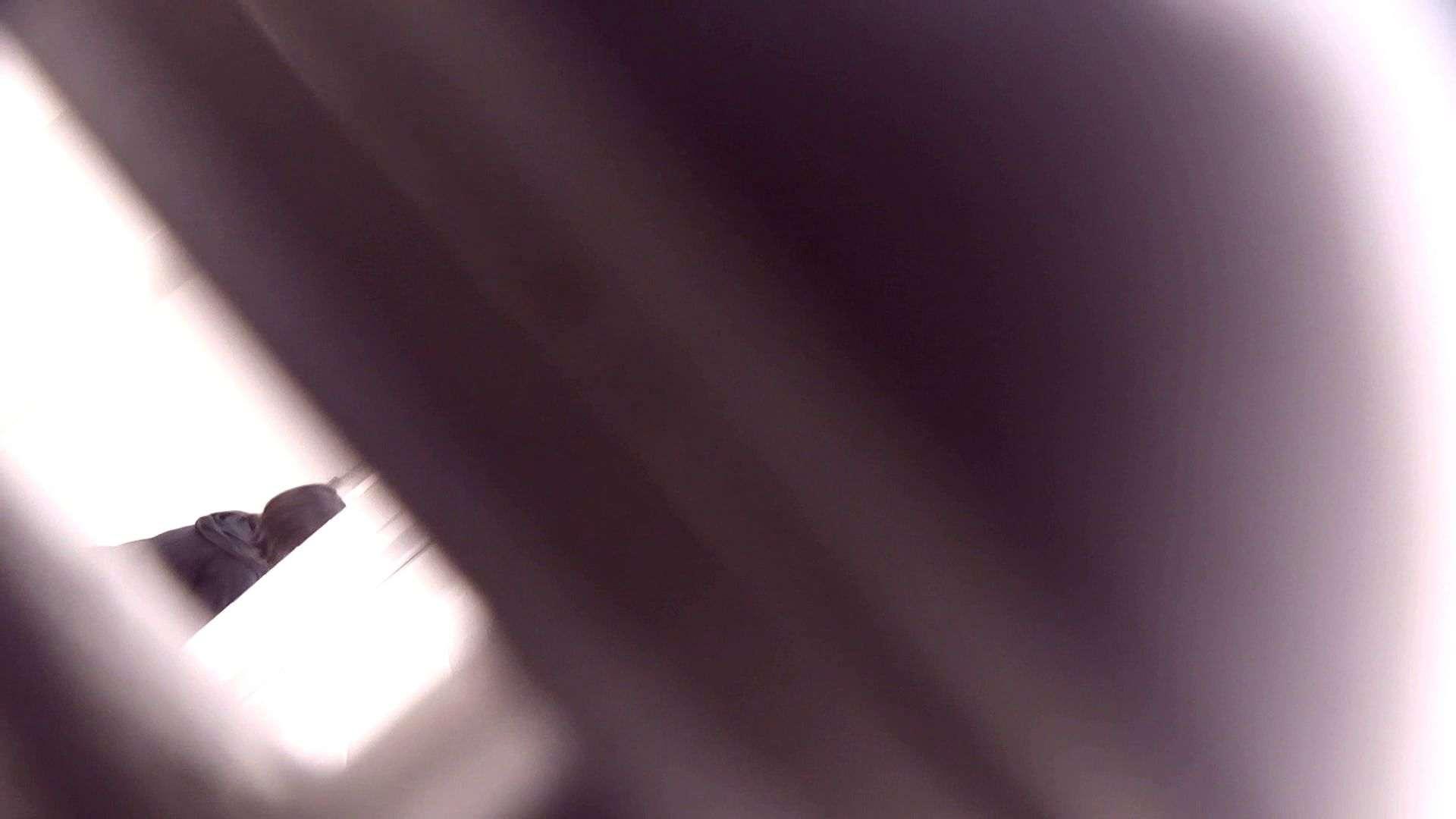 vol.17 命がけ潜伏洗面所! 張り裂けんばかりの大物 洗面所 盗撮戯れ無修正画像 108画像 38