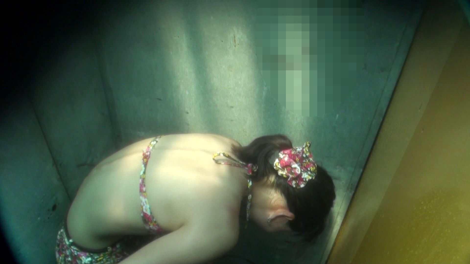 シャワールームは超!!危険な香りVol.16 意外に乳首は年増のそれ 乳首ポロリ  108画像 8