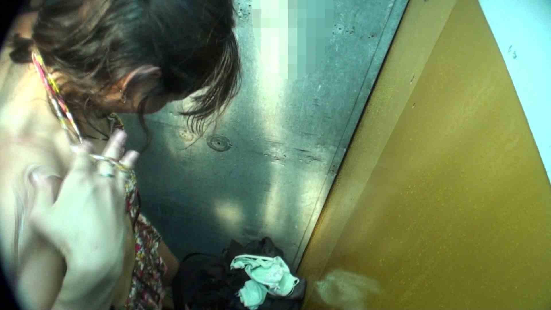 シャワールームは超!!危険な香りVol.16 意外に乳首は年増のそれ 高画質 覗きスケベ動画紹介 108画像 38