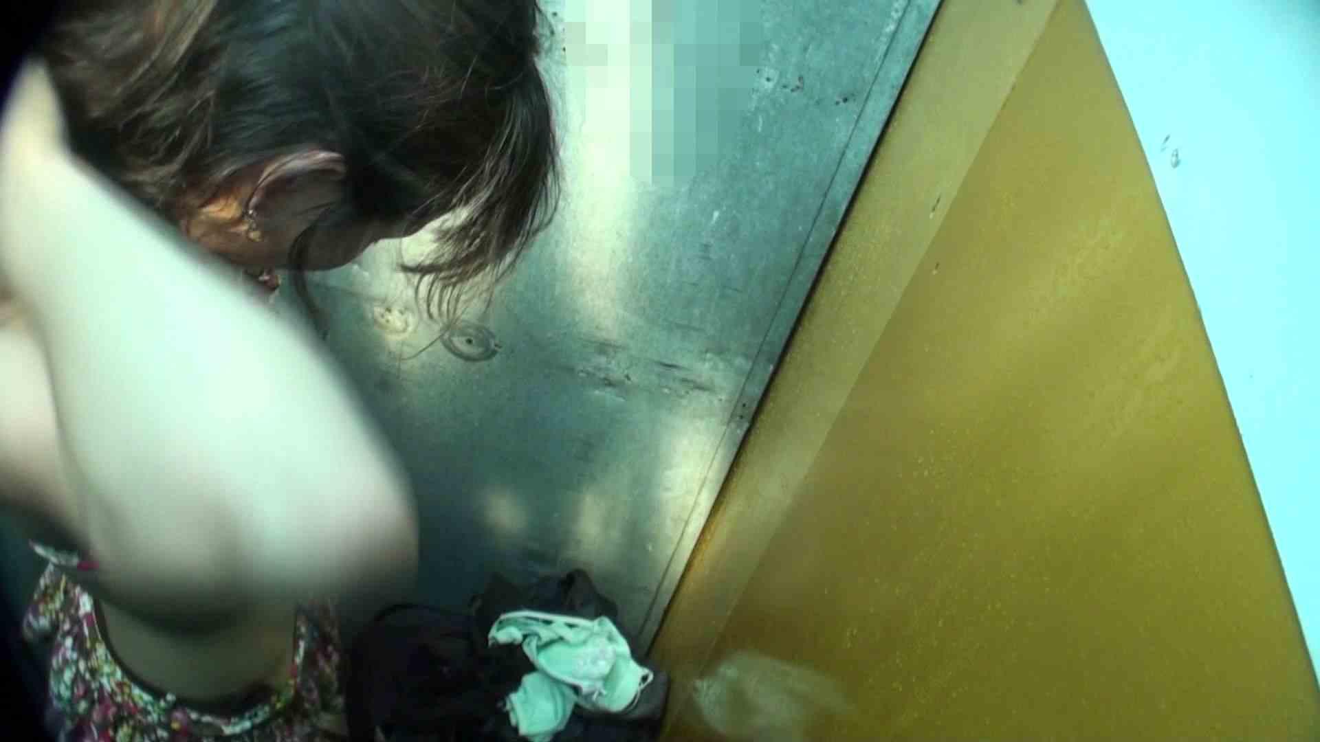 シャワールームは超!!危険な香りVol.16 意外に乳首は年増のそれ 乳首ポロリ  108画像 40