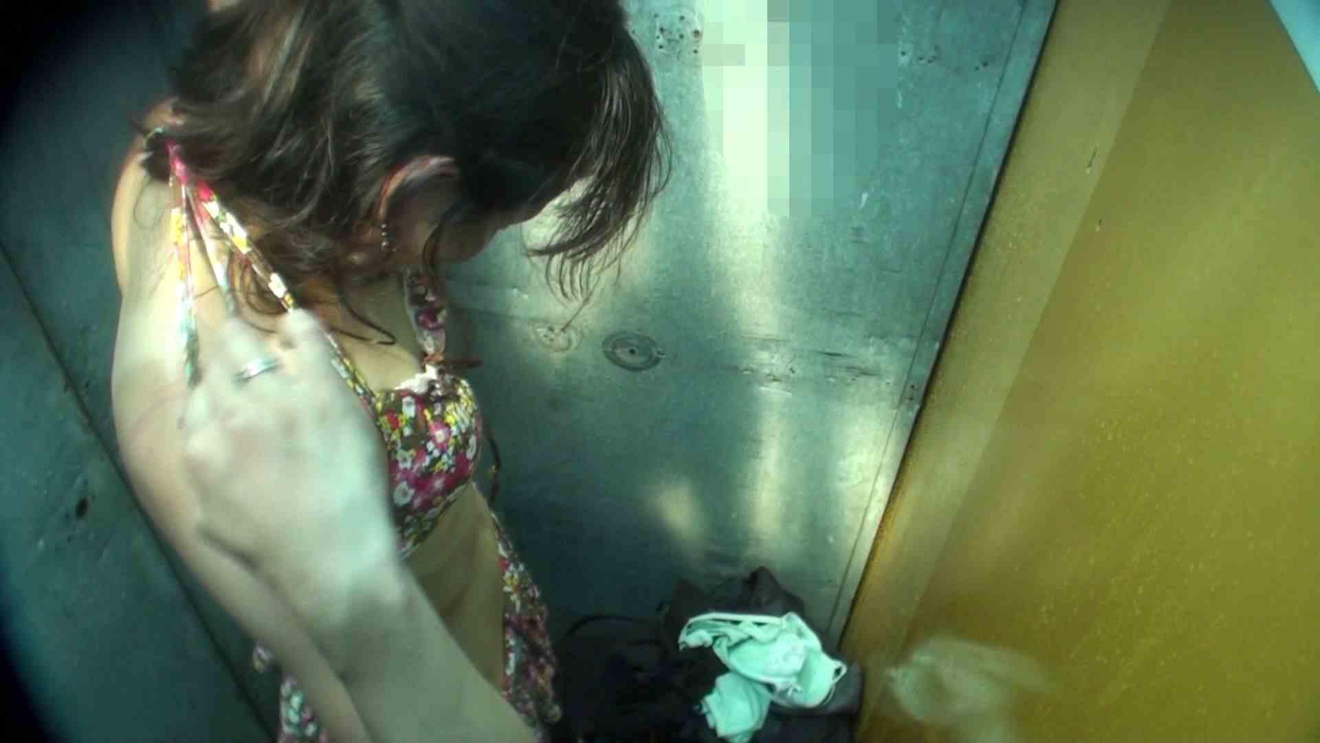 シャワールームは超!!危険な香りVol.16 意外に乳首は年増のそれ 乳首ポロリ  108画像 44