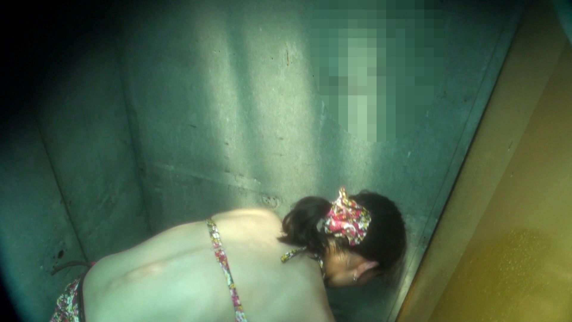 シャワールームは超!!危険な香りVol.16 意外に乳首は年増のそれ 乳首ポロリ  108画像 104