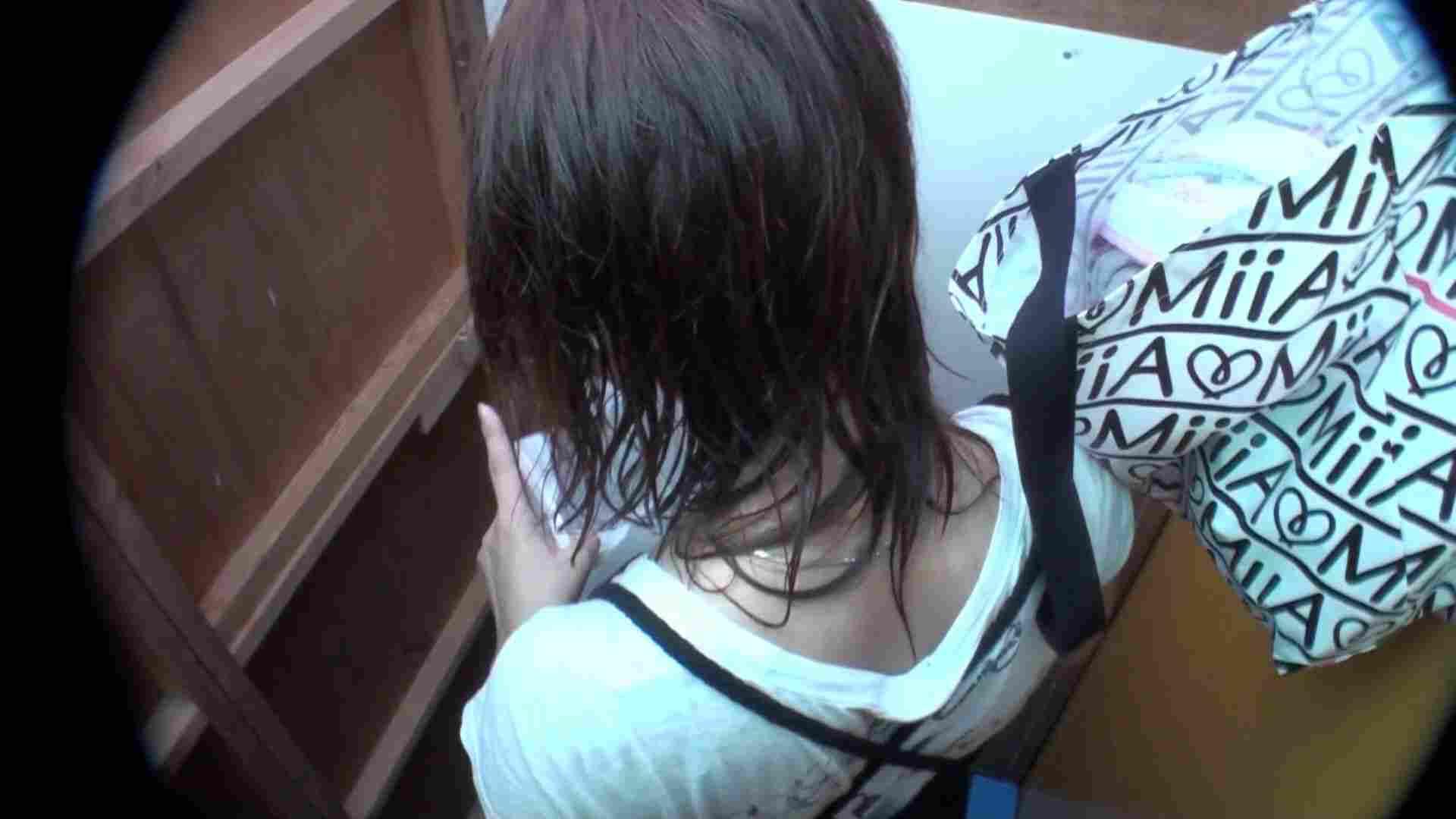 シャワールームは超!!危険な香りVol.20 乳首が見えるのはほんの一瞬です 背中をお楽しみ下さい・・・ OLセックス   乳首ポロリ  94画像 9
