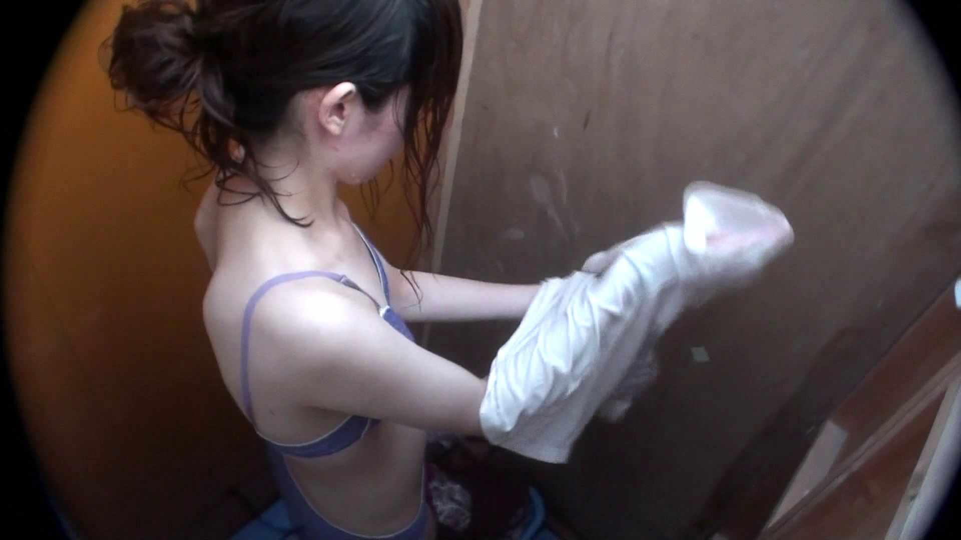 シャワールームは超!!危険な香りVol.29 こっちを向いて欲しい貧乳姉さん 高画質 のぞき動画画像 69画像 66