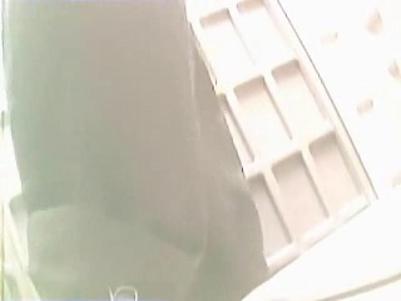無修正エロ動画|野外の洗面所は危険ですVol.2|ピープフォックス(盗撮狐)