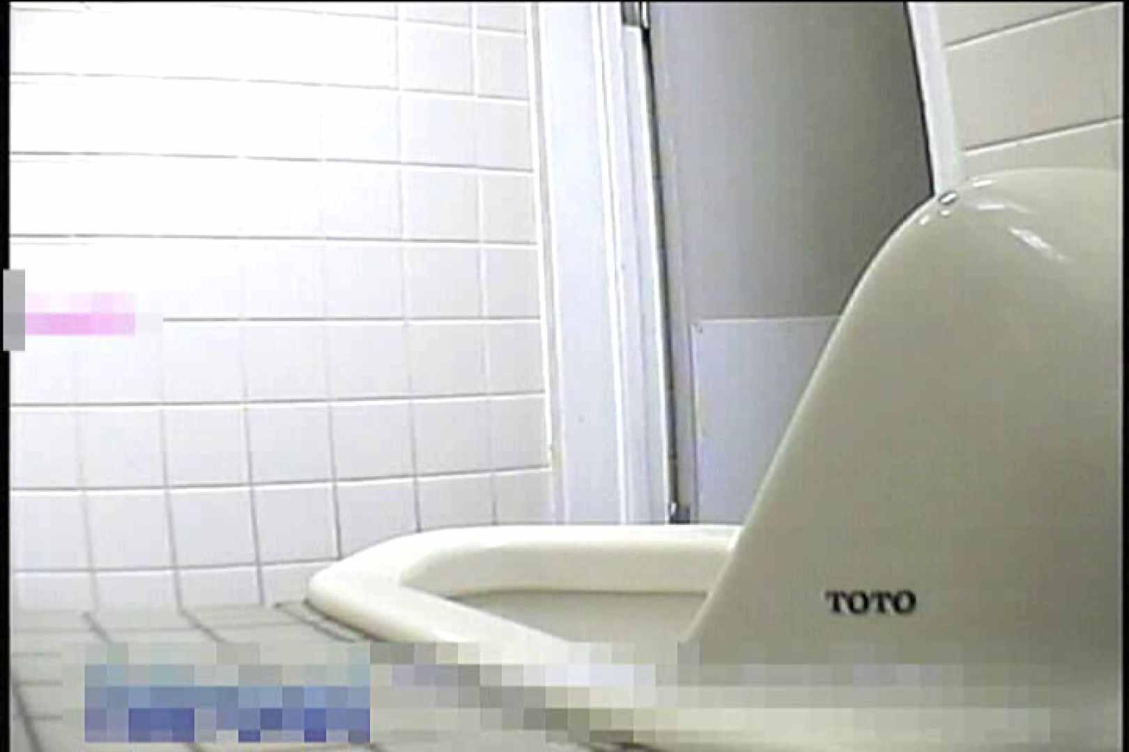 2点盗撮洗面所潜入レポートVol.6 フリーハンド 覗きオメコ動画キャプチャ 76画像 44