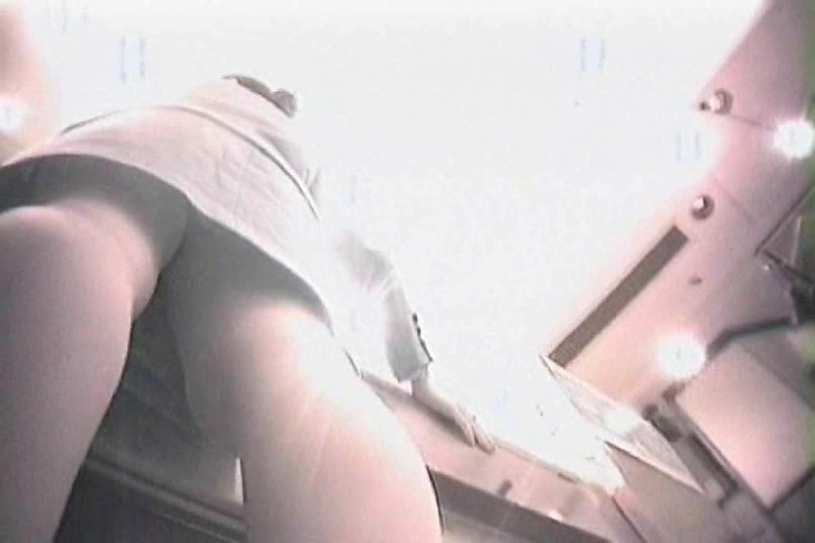 デパートローアングル徘徊 靴カメ盗撮Vol.1 ぱっくり下半身   パンチラ  103画像 67