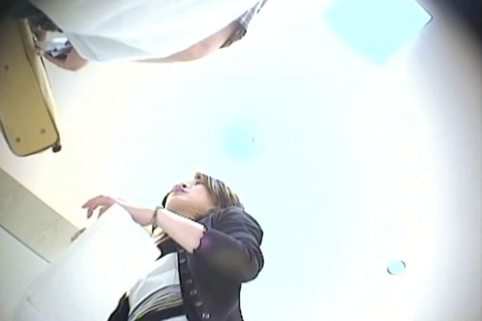 デパートローアングル徘徊 靴カメ盗撮Vol.10 制服 われめAV動画紹介 86画像 28