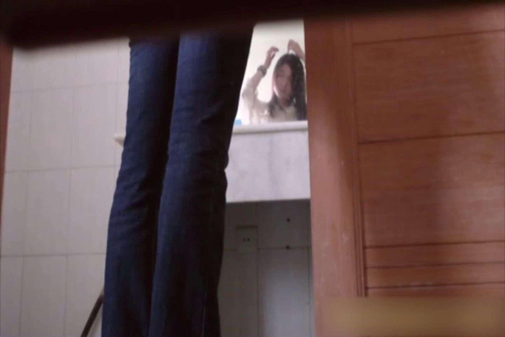 無修正エロ動画|洗面所で暗躍する撮師たちの潜入記Vol.38|ピープフォックス(盗撮狐)