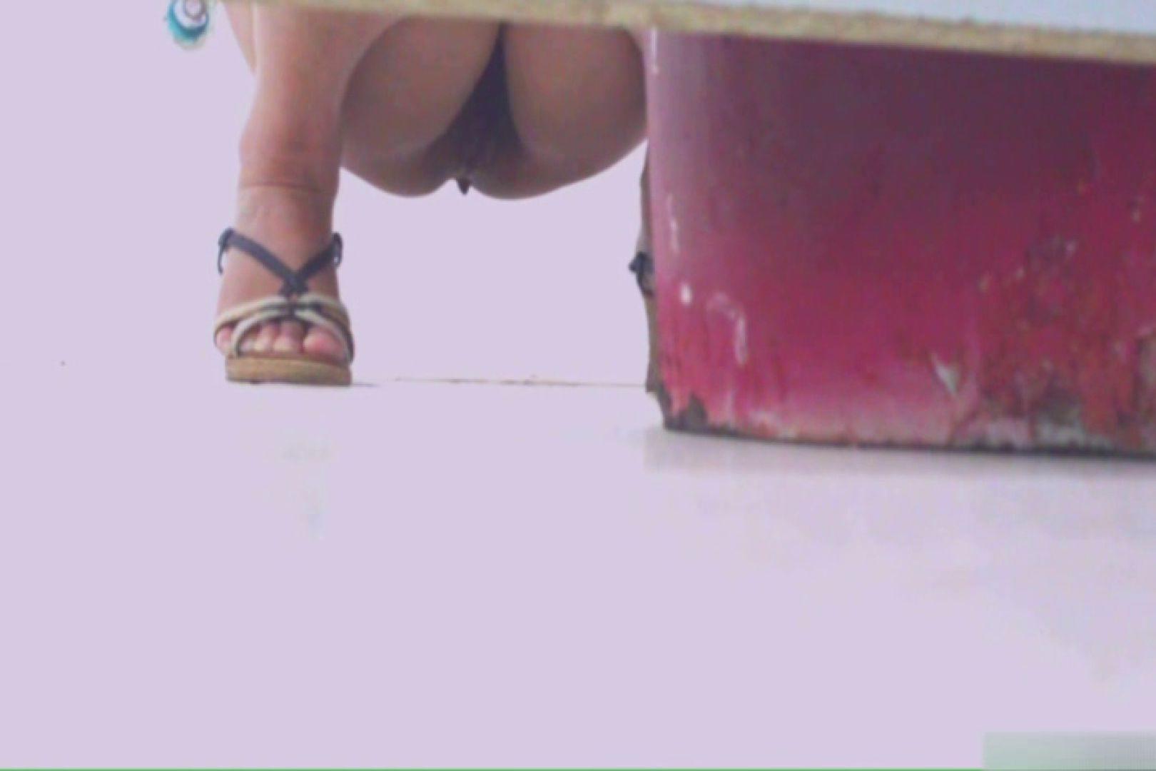 無修正エロ動画|洗面所で暗躍する撮師たちの潜入記Vol.39|ピープフォックス(盗撮狐)