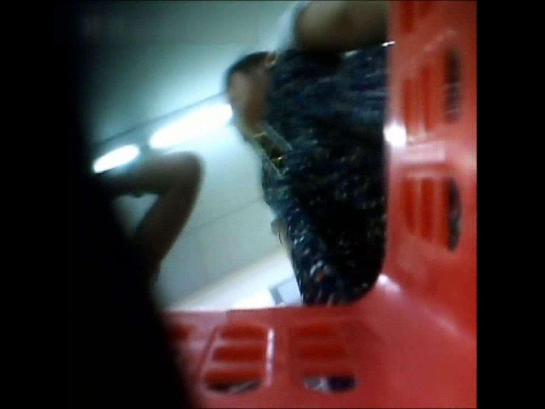 無修正エロ動画|ぴざさん初投稿!「ぴざ」流逆さ撮り列伝VOL.25(一般お姉さん、奥様編)|ピープフォックス(盗撮狐)